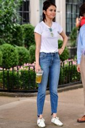 7 ways to style your tshirt